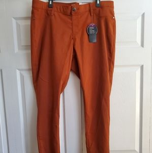 A.N.A Skinny Jeggings Plus Size NWT Copper Rust